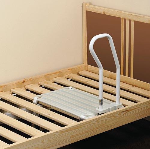 barre d 39 appui de lit resist seniors et pmr sweetdom. Black Bedroom Furniture Sets. Home Design Ideas